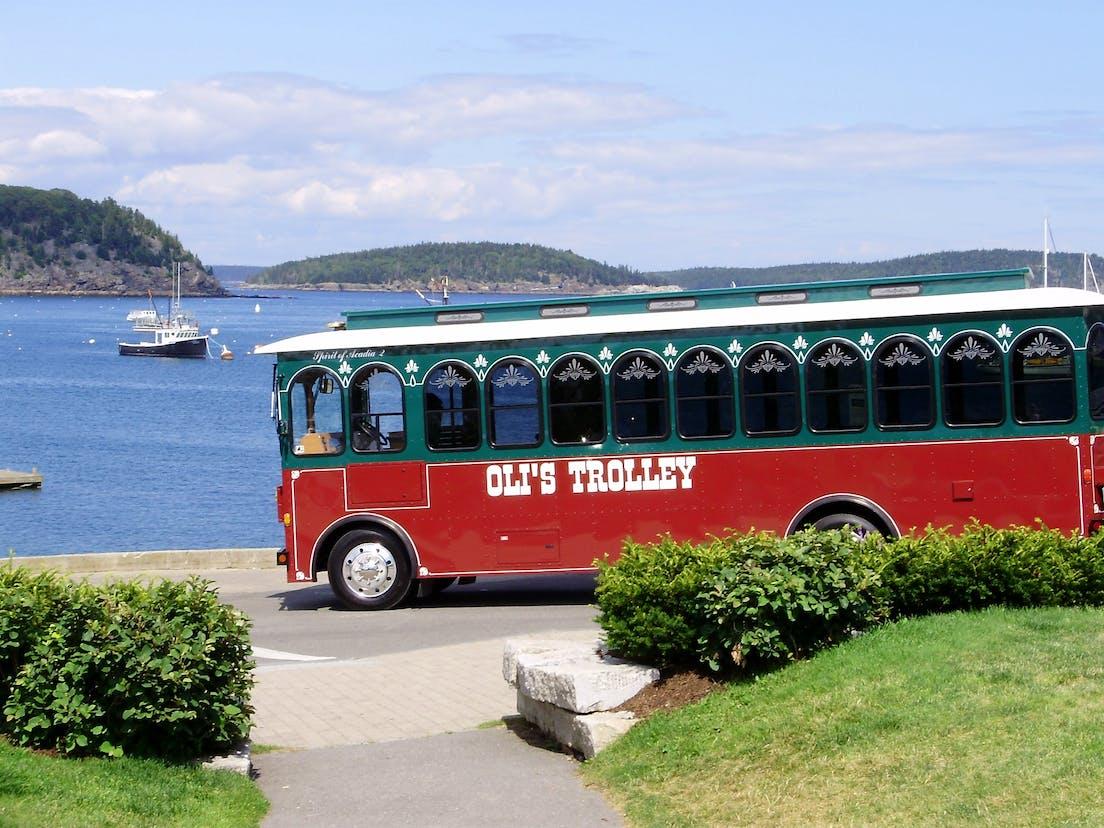 olis trolley on bar harbor