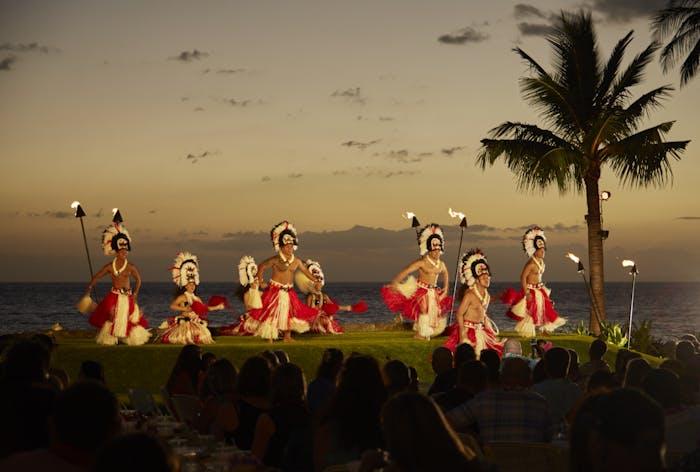 Official Website Of Te Au Moana Wailea Beach Marriott S Luau Show On Maui