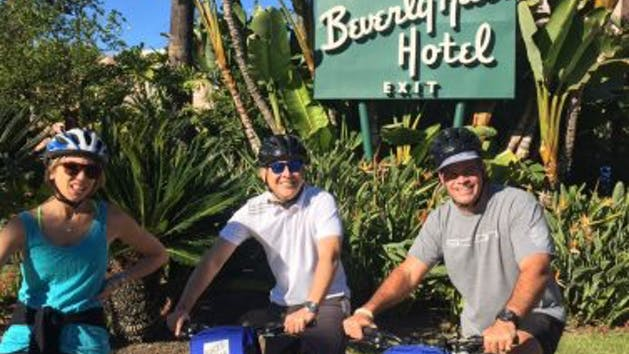 Movie star celebrity homes tours bikes and hikes la for La star homes tour