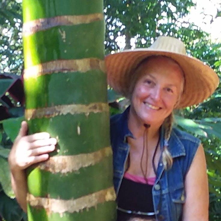 Tour Guide Lory Stuart Cummings