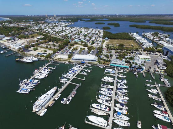 Salty Sam S Marina Southwest Florida Boat Rentals Services
