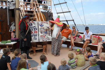 Kids enjoying the pirate cruise