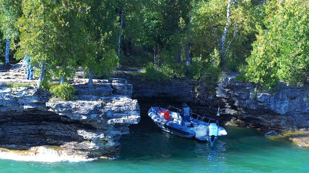 Boat Tours of Cave Point County Park