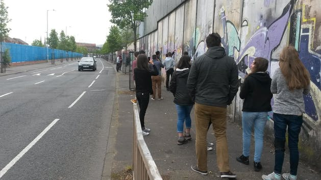 a walking tour along the peace wall