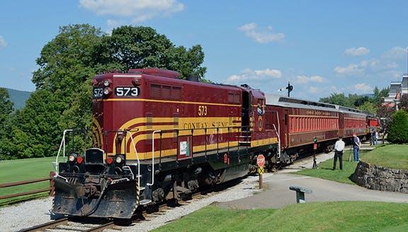 Valley Train | Conway Scenic Railroad