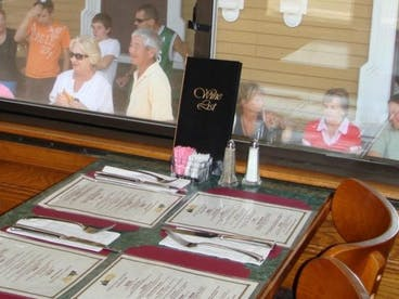 Dining Car Chocorua Table with Menus