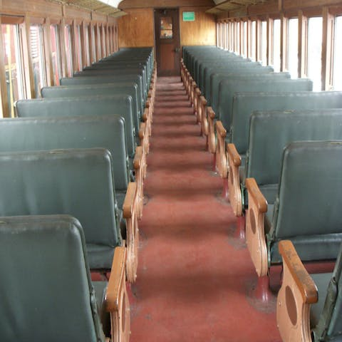First Class Vs Coach Seating Conway Scenic Railroad